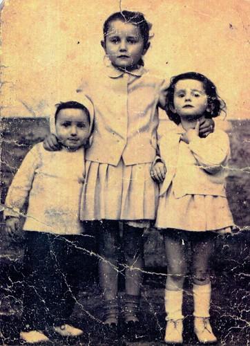 Three girls 1934 Glenalmond Street Sandyhills