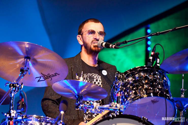 Ringo Starr Concert in Riga 2011-25.jpg