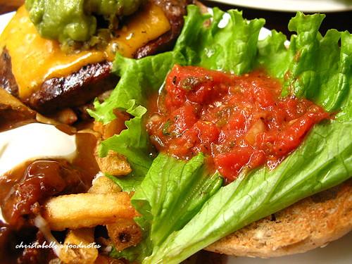 Bongos墨西哥漢堡莎莎醬仔細看