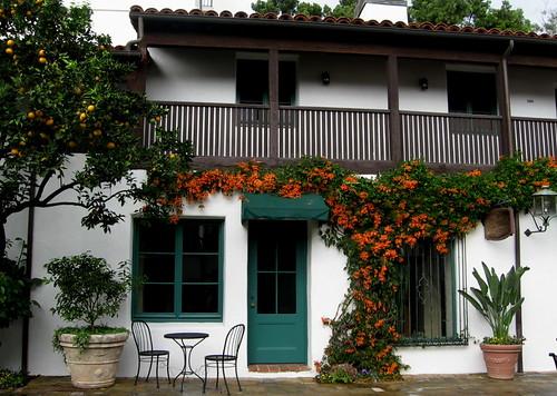 El Paser Courtyard 3