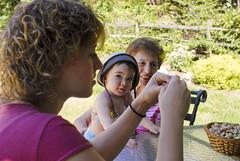 (UrbanDorothy) Tags: family alicia elise daughter ellie ecd litchen elisecolette