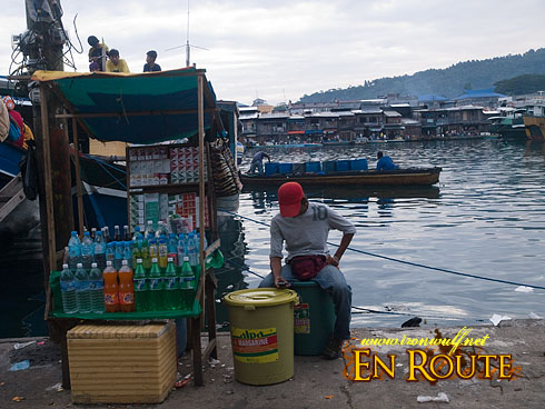 Chinese Pier Drinks and Cigarette Vendor