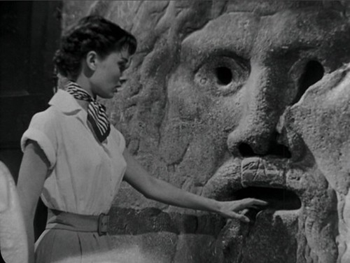 23 Roman Holiday