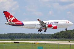 "Virgin Atlantic 747-400  ""Hot Lips"" (Justin Pistone) Tags: orlando airport florida atlantic landing virgin international boeing 747 747400"