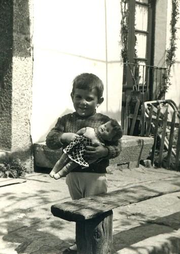 Asun y su muñeca