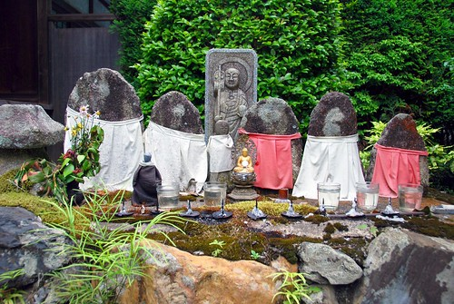 little shrine in the mountains behind nanzen-ji, kyoto