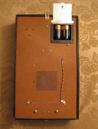 Seiko Sonola Time-Dater transistor clock with Persian Jalali