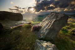 Baslow Edge (andy_AHG) Tags: england sky tourism weather clouds outdoors countryside rocks britain derbyshire peakdistrict edge baslow outdooractivities nikond200 landscapescenic