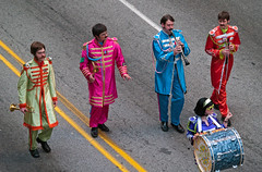 The Marching Band (Ray Radlein) Tags: costumes atlanta georgia trumpet parade marchingband recorder 2008 frenchhorn dragoncon clarinet peachtreestreet thebeatles bassdrum hyattregency sgtpepperslonelyheartsclubband sgtpeppers epaulettes dragonconparade dragoncon2008 dragonconparade2008