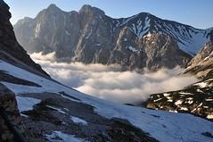 Clouds below (Pieter_B) Tags: mountain snow mountains alps rocks outdoor altitude climbing mountaineering summit alpinism alpineclimbing wettersteingebirge knorrhutte