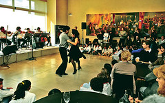 El tango ya empezó a recorrer catorce bodegas mendocinas