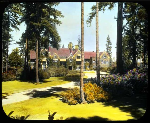 Thornewood Estate in Takoma, Washington, by Asahel Curtis, August 1933, Smithsonian Archives of American Gardens.