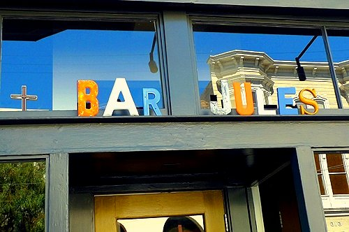 bar jules sign