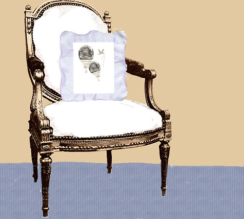 chair-with-pillow