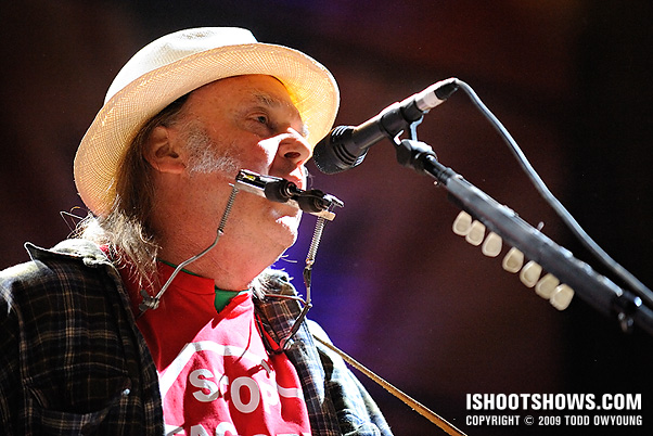 Neil Young @ Farm Aid 2009