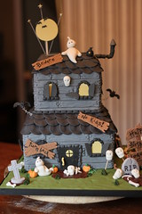 Haunted House cake (Andrea's SweetCakes) Tags: halloween grave headstones birthdaycake shutters ghosts bats hauntedhouse pumkins