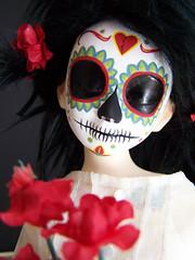 l calavera 001 (Kittytoes) Tags: sleeping dayofthedead skull doll sugar diadelosmuertos calavera commissions unoa melancholykitties