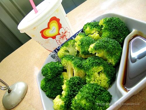 亓家蒸餃 - 燙青花椰菜