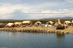 PE07 0119 Uros Islands, Lake Titicaca (Templar1307 | Galerie des Bois) Tags: peru urosislands laketiticaca southamerica reeds boat per altiplano 2007 puno     piruw   republicofperu repblicadelper