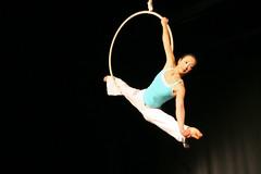 Elizabeth_Gaumond_7763 (Zaldun Urdina) Tags: circo circus aerial flex cirque contortion aro contorsion frontbend elizabethgaumond bihurrikaria