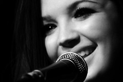 Rachel Furner (David Bez) Tags: london rachel piano singer academy islington carling furner - 3460387860_5325ebc3d8_m