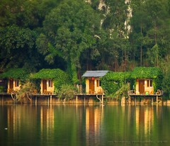 Little Lake Houses (jon.noj) Tags: china vacation lake explore retreat shenzhen rest frontpage lakehouse guanlan nikond80 jonnoj jonbinalay guanlanmountainandlakeresort littlelakehouses
