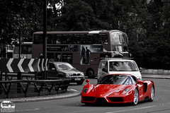 ENZO Ferrari (Murphy Photography) Tags: street red black london speed lens photography colours ferrari enzo 1750 mm supercar murphy rar londen arabs 50d cacon swhite