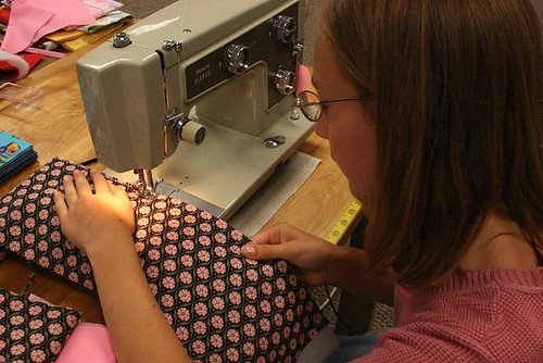 07091147sewing
