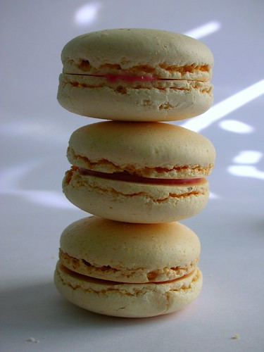 Strawberry & vanilla macarons