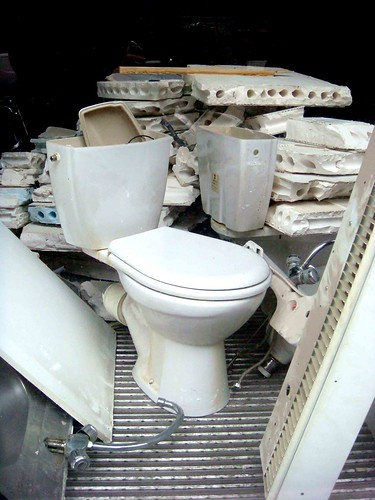 toilets of paris