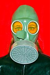 WW II-1 (horpach) Tags: fetish mask goggles rubber latex gasmask gummi maske fetisch gasmaske breathplay
