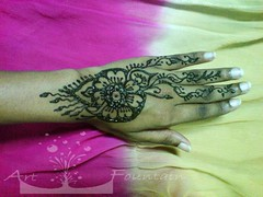 henna drawing (Art Fountain) Tags: floral drawings peacock henna mehendhi indiandrawing decoratedhands bridalhanna