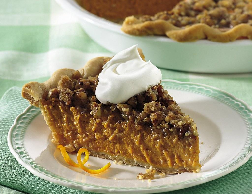 Streusel-Topped Pumpkin Pie Recipe