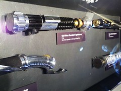 (Erika.Bee) Tags: seattle costumes film movie washington starwars yoda geek luke exhibit robots r2d2 jedi cult machines darthvader creatures swords movieset sith lightsabers wookie chewbacca leia c3po speedracer psc hansolo wookies jawas droids pacificsciencecenter sabers milleniumfalcon laya sithlord podracer sebulba seattlepacificsciencecenter blasterguns