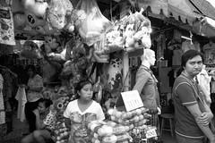 R0016774 (ezraGRD) Tags: thailand bangkokstreetscene bangkoksnapshots bangkokstreetphotography