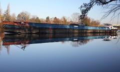 Pniche sur la Seine (didoodah) Tags: seine pniche barge chatou