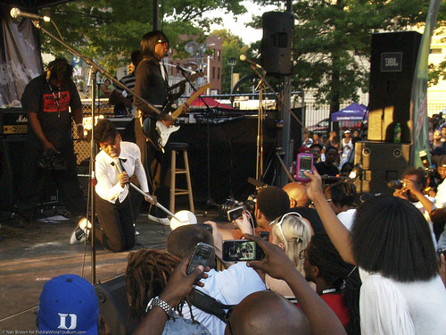 07.06.09 Janelle Monáe @ Brooklyn Afro-Punk Fest (51)