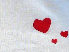 inimioare pe tricou (InimaCopiilor) Tags: textila inimioaregasite inimacopiilor