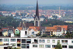 Hildesheim (1) (gabriel_flr) Tags: churches kirchen hildesheim niedersachsen wohnblöcke biserici sigmasd14 bockfeld gabrielflr