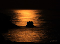 Moon Shine (S@ilor) Tags: espaa costa moon sol beach del spain mediterranean south playa full explore granada tropical andalusia andalusien almucar moonshine moonshadow moonday anawesomeshot silor overtheshot miasbest