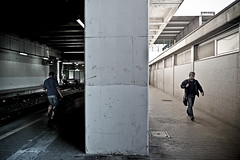 in & out [Commuters] (Luca Napoli [lucanapoli.altervista.org]) Tags: street milan lumix candid milano panasonic keep commuters reportage mm2 keep2 keep3 keep5 keep6 keep7 keep8 keep9 keep10 frontpageexplore kep4 lx3 keep11 keep12 keep13 lumixaward milanoportagaribaldi chivieneechiva panasoniclumixlx3 lucanapoli storybehindimage lx3street explored29092009 mondiseparatieconfinanati commuterloneliness