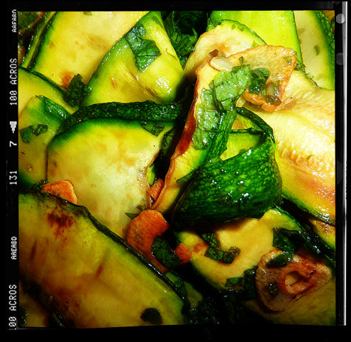 Griddled courgette & mint salad