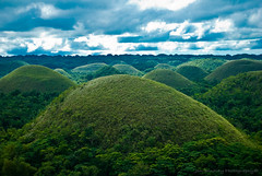 The Chocolate Hills, Bohol Philippines (jon.noj) Tags: travel green asia view philippines scenic hills bohol southeast chocolatehills wowphilippines jonnoj jonbinalay