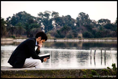 Reader by Luana Spagnoli, on Flickr