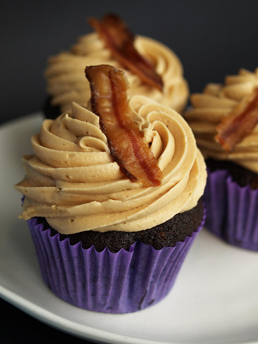 Dirt cupcakes for Earth Day and bacon cupcakes at The ...