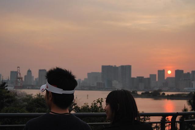 Puesta de sol desde la bahía de Tokyo