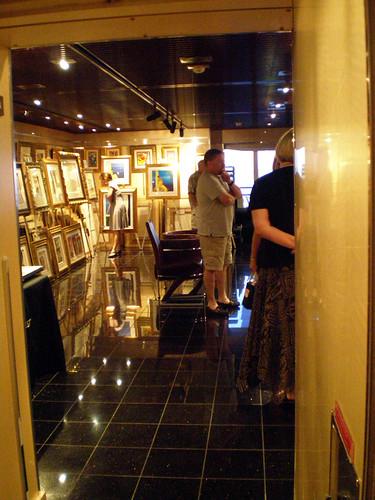 Glancing at the Art Gallery (Carnival Splendor)