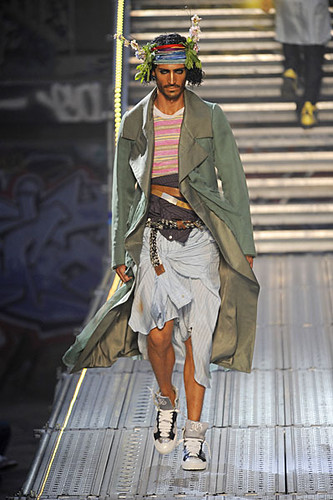 Djordje Bogdanovic312_SS10_Paris_John Galliano