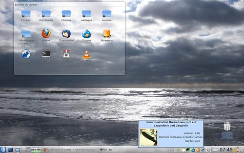 """KDE 4.3rc3 avec le fond """"plage"""" sous Archlinux 64 bits"""