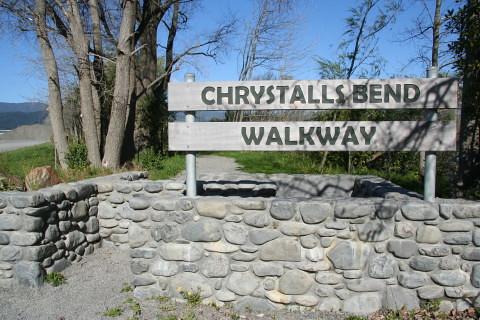 Start of Chrystalls Bend walk